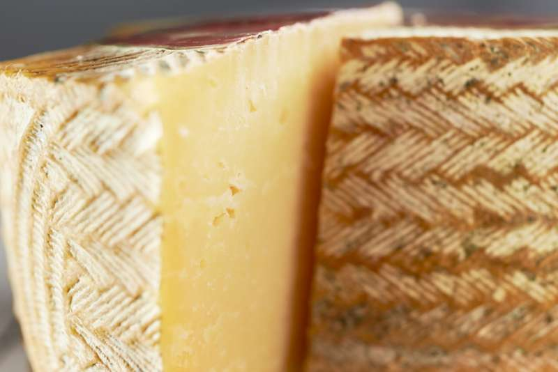 manchego with rind