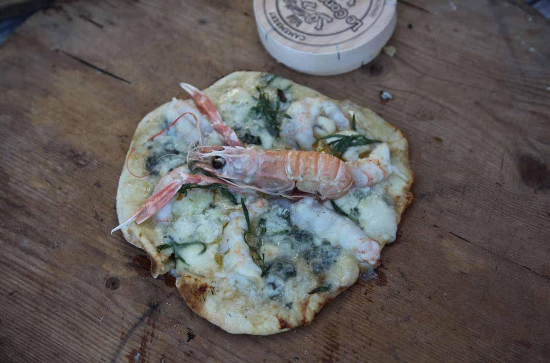 camembert pizza