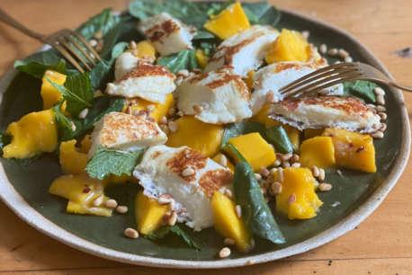 Aphrodite Halloumi Mango Salad